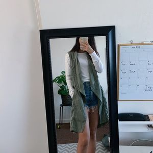 Max jeans olive vest